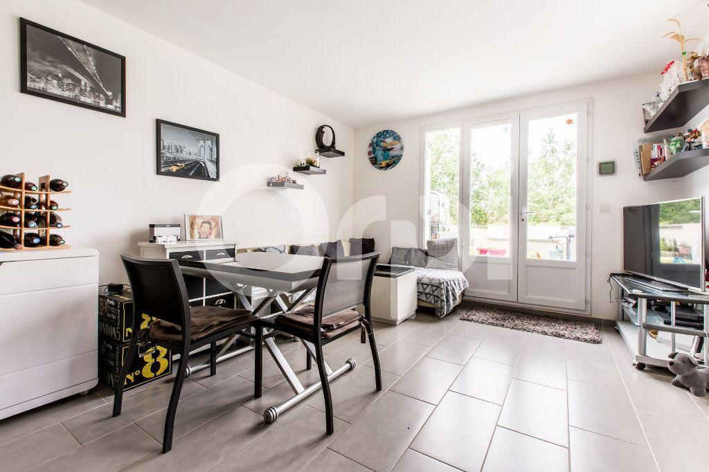 Appartement à vendre 3 58m2 à Lys-lez-Lannoy vignette-3