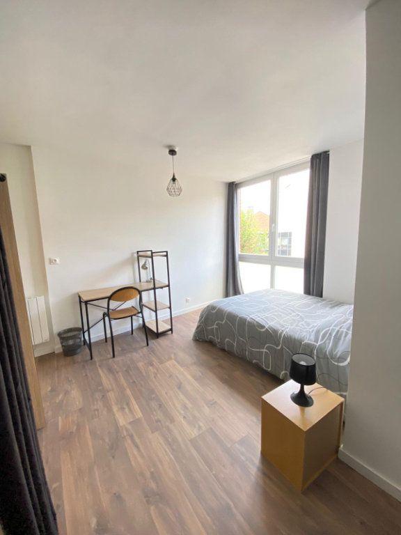 Appartement à louer 4 80.15m2 à Roubaix vignette-7