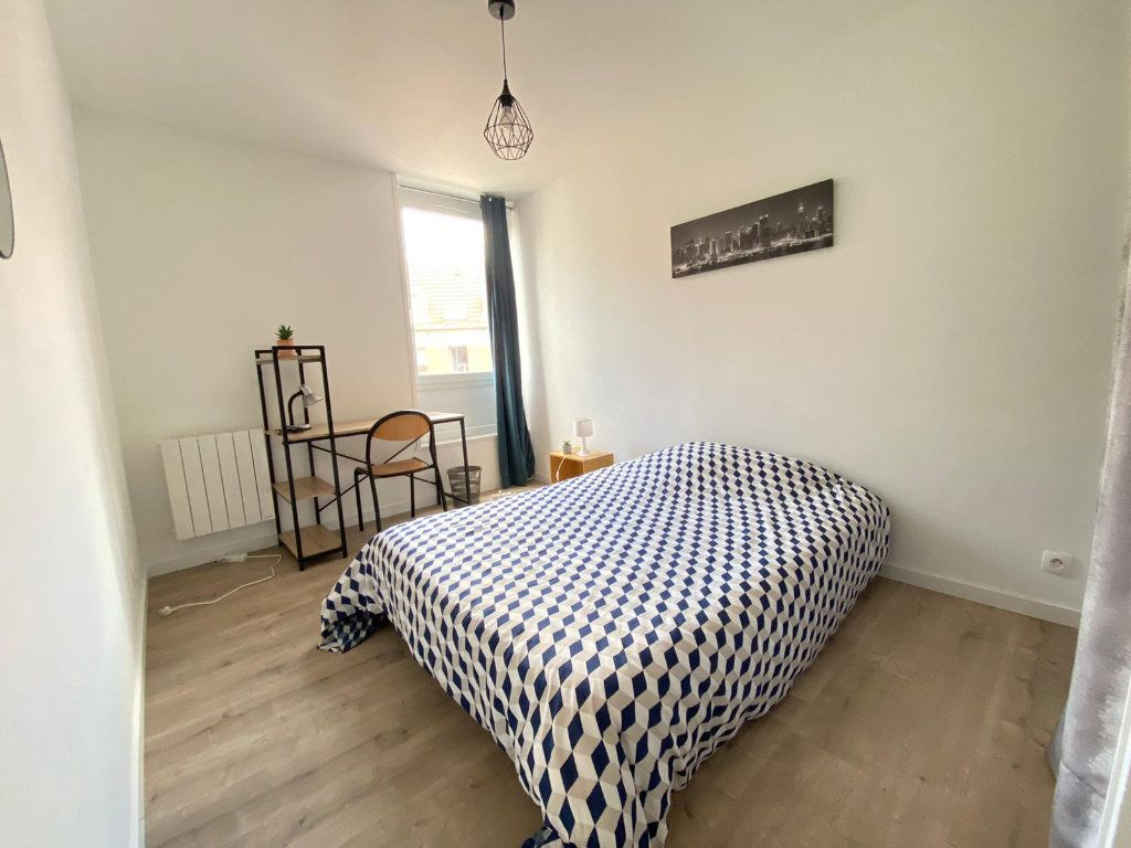 Appartement à louer 4 80.15m2 à Roubaix vignette-11