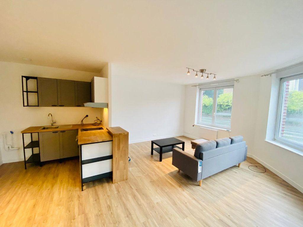 Appartement à louer 2 50.91m2 à Roubaix vignette-1