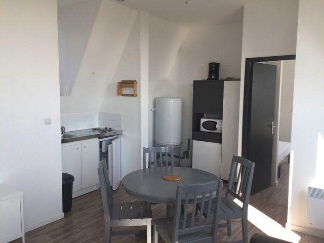 Appartement à louer 3 49m2 à Roubaix vignette-4