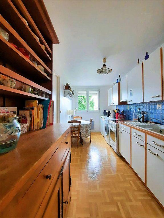 Appartement à vendre 4 77.62m2 à Lille vignette-1