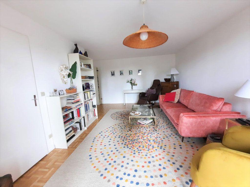 Appartement à vendre 4 77.62m2 à Lille vignette-2