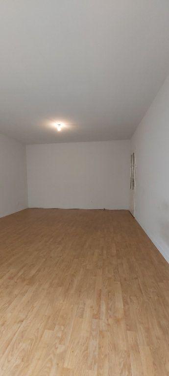 Appartement à louer 3 69.8m2 à Mouvaux vignette-2