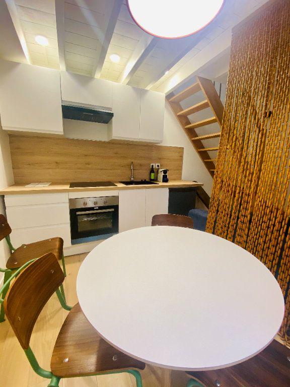 Appartement à louer 2 36m2 à Lille vignette-3