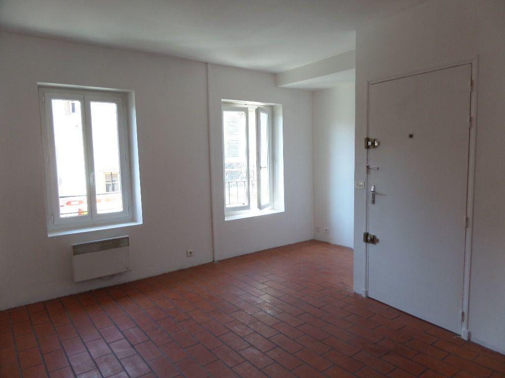 Appartement à louer 2 36m2 à Cadenet vignette-1