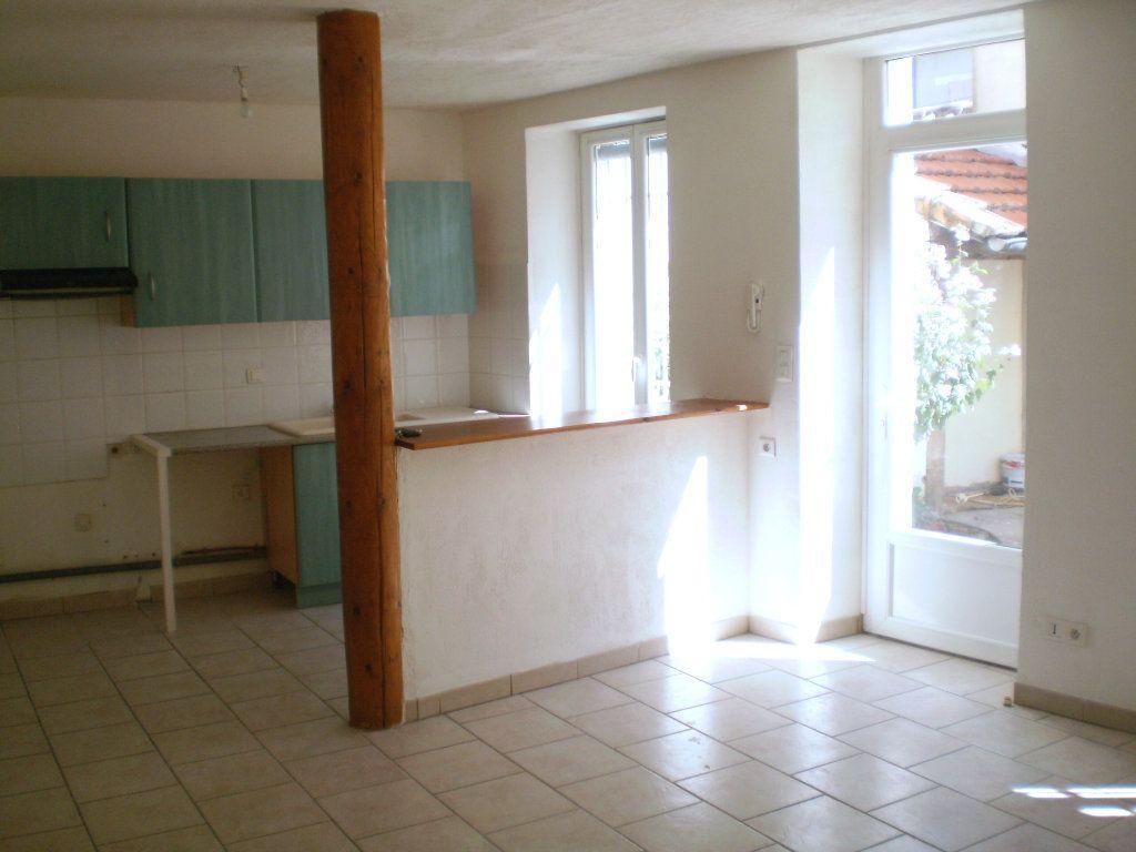 Appartement à louer 2 41.82m2 à Pertuis vignette-1