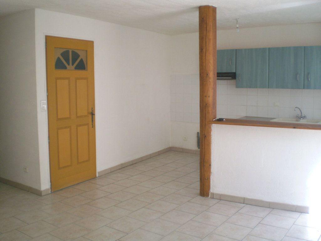 Appartement à louer 2 41.82m2 à Pertuis vignette-2