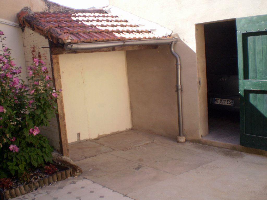 Appartement à louer 2 41.82m2 à Pertuis vignette-3