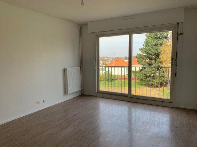 Appartement à louer 2 47m2 à Roye vignette-3