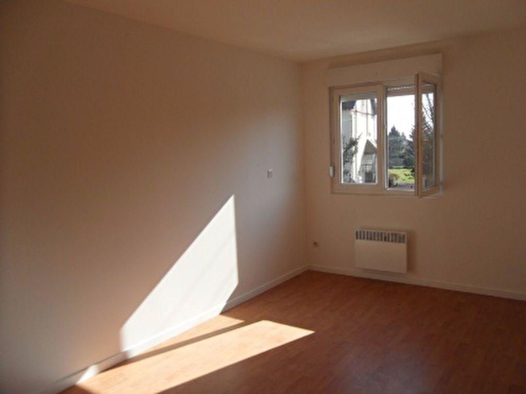 Appartement à louer 3 59m2 à Râches vignette-3