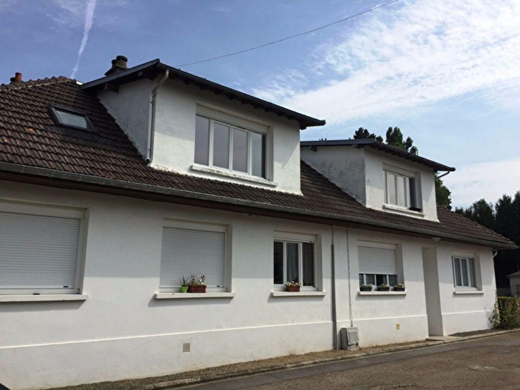 Appartement à louer 2 35.21m2 à Vic-sur-Aisne vignette-1