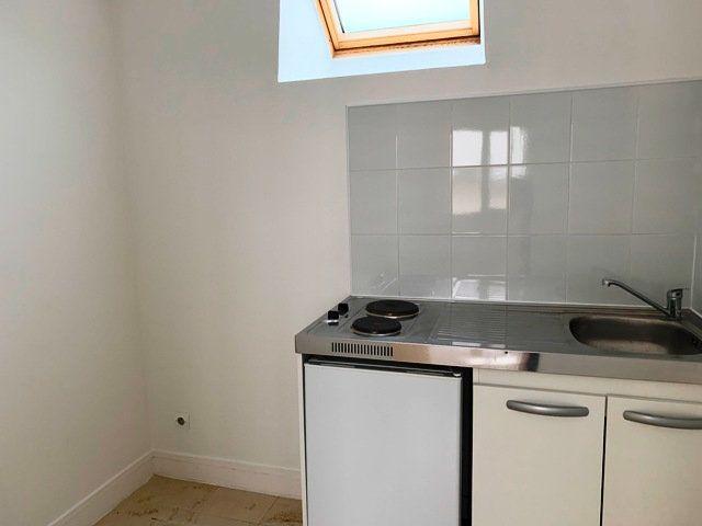 Appartement à louer 2 35.21m2 à Vic-sur-Aisne vignette-4