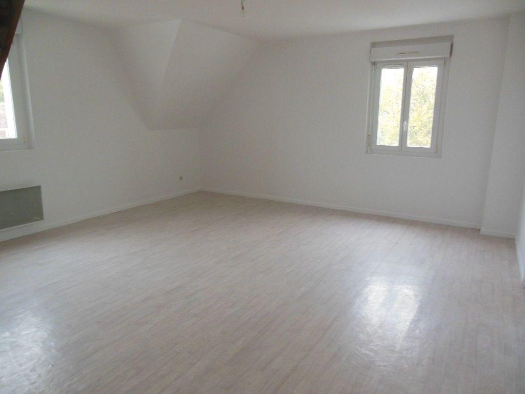 Appartement à louer 3 69m2 à Ressons-sur-Matz vignette-1