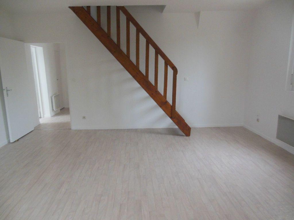 Appartement à louer 3 69m2 à Ressons-sur-Matz vignette-3