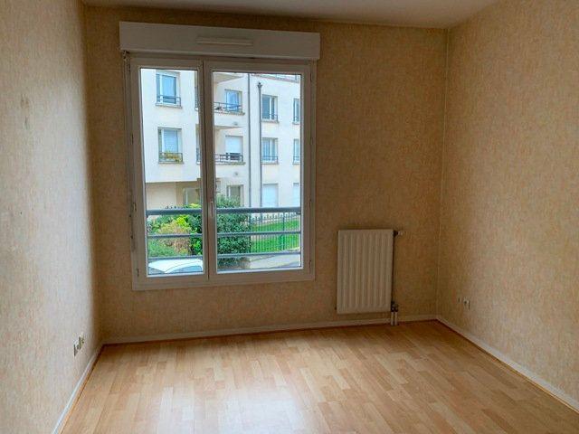 Appartement à louer 2 50.96m2 à Compiègne vignette-4
