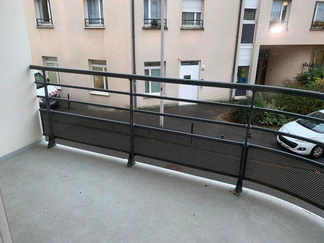 Appartement à louer 2 50.96m2 à Compiègne vignette-6