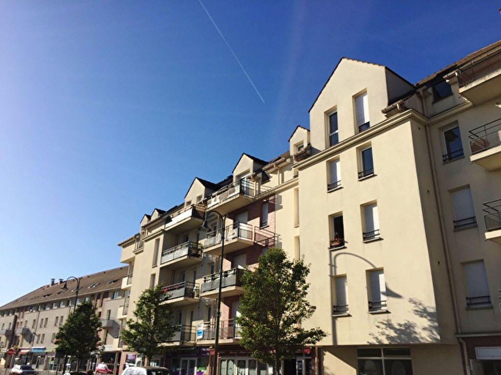 Appartement à louer 1 28m2 à Margny-lès-Compiègne vignette-1