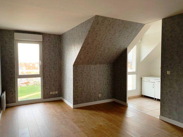 Appartement à louer 1 28m2 à Margny-lès-Compiègne vignette-3