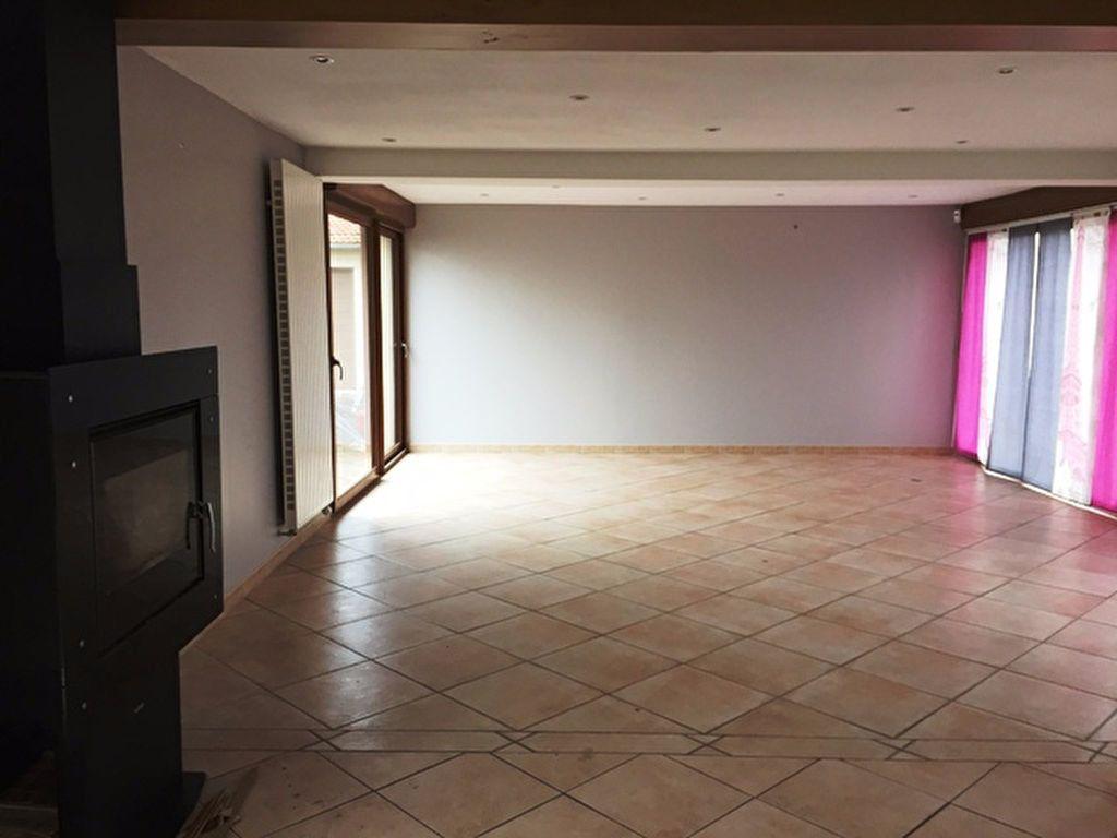 Maison à louer 4 98m2 à Courcelles-Epayelles vignette-3
