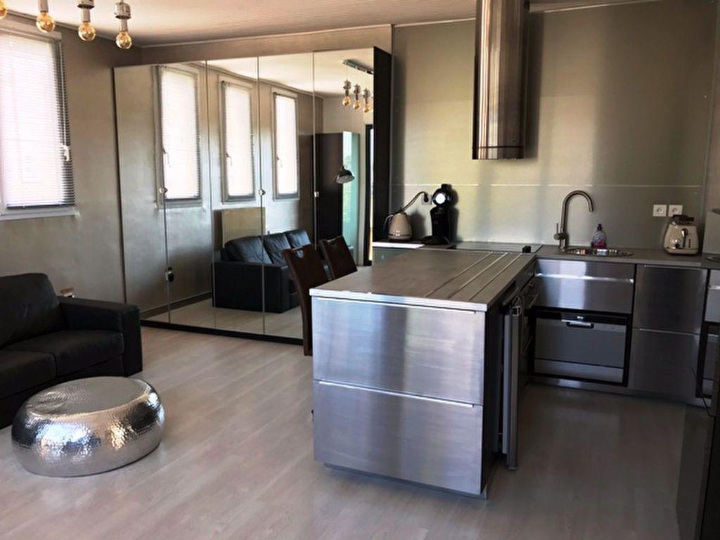 Appartement à louer 3 59.59m2 à Nesle vignette-2