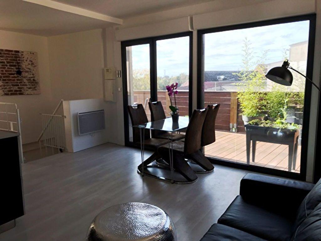 Appartement à louer 3 59.59m2 à Nesle vignette-3