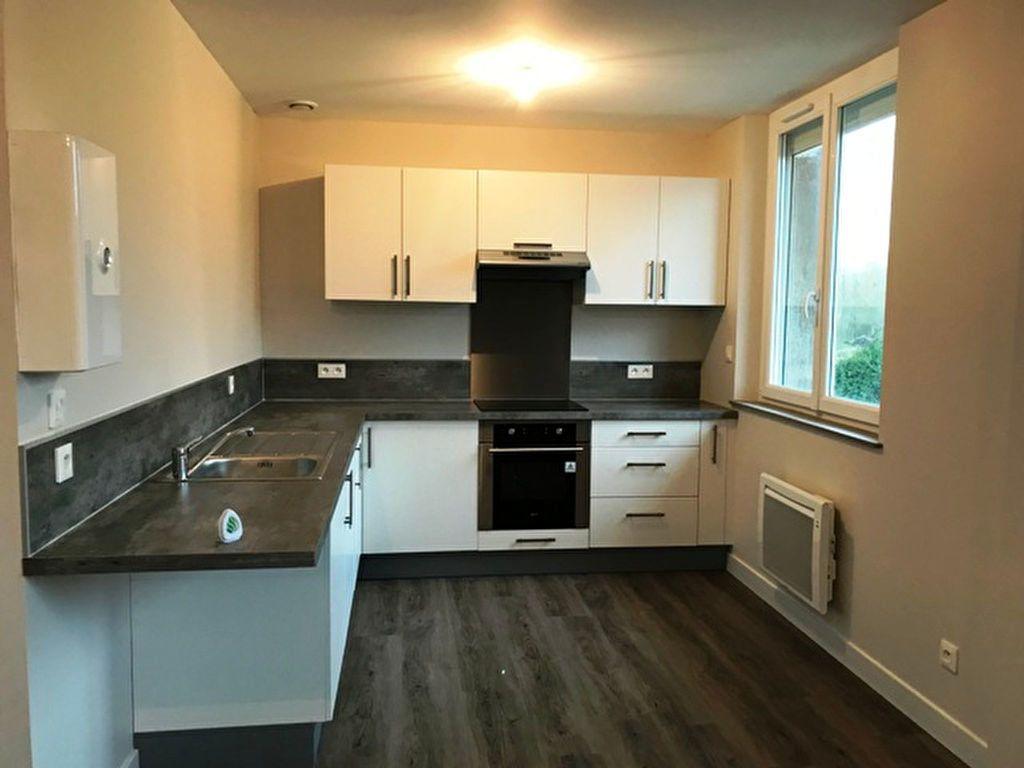 Appartement à louer 3 64m2 à Laberlière vignette-2