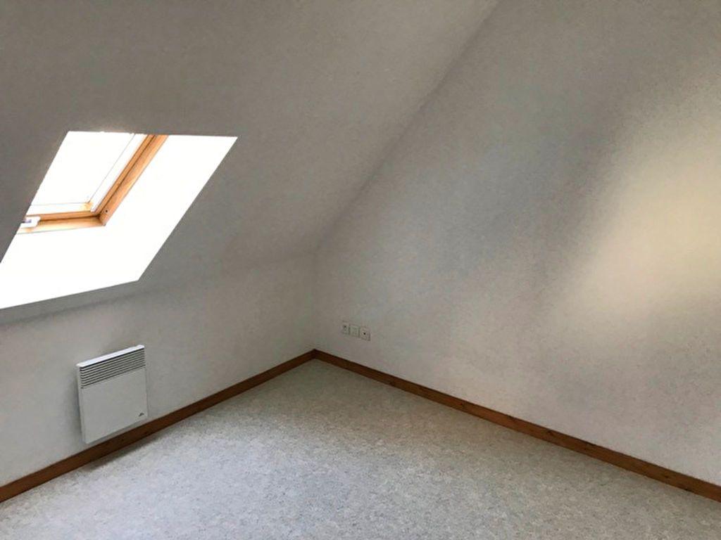 Appartement à louer 2 27.38m2 à Ribécourt-Dreslincourt vignette-2