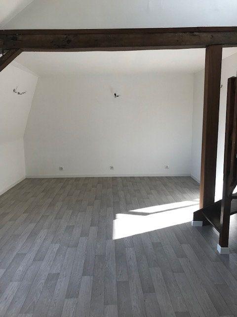 Appartement à louer 2 32m2 à Ribécourt-Dreslincourt vignette-4