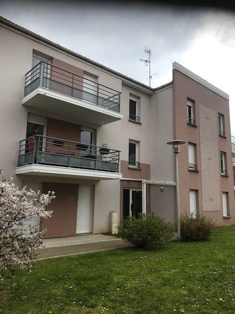 Appartement à louer 2 54.36m2 à Margny-lès-Compiègne vignette-1