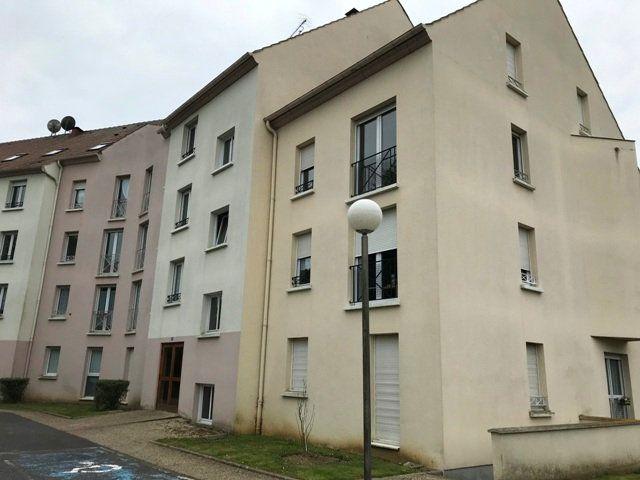 Appartement à louer 3 71m2 à Ribécourt-Dreslincourt vignette-2