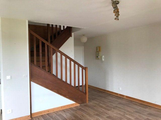 Appartement à louer 3 71m2 à Ribécourt-Dreslincourt vignette-4