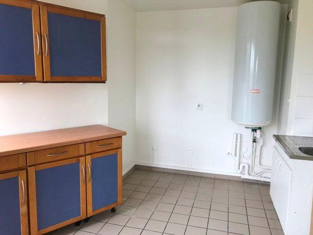 Appartement à louer 3 71m2 à Ribécourt-Dreslincourt vignette-5