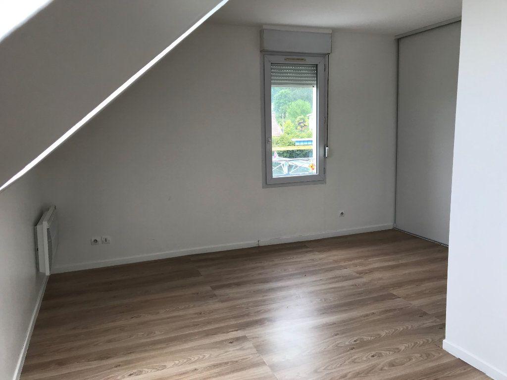 Appartement à louer 3 71m2 à Ribécourt-Dreslincourt vignette-9
