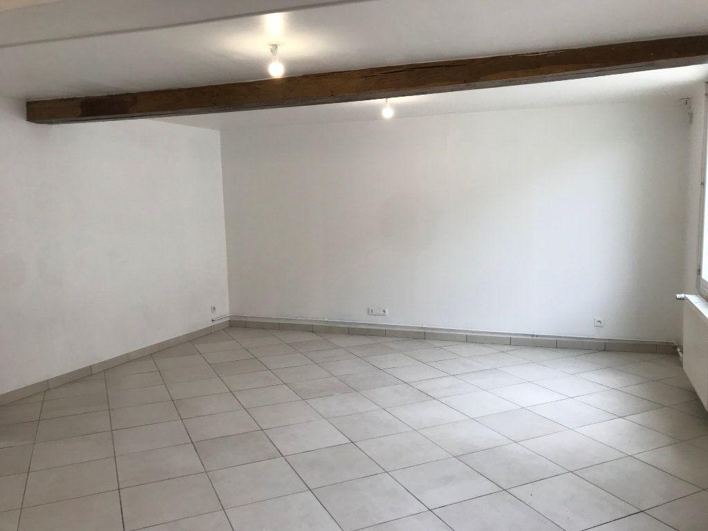 Maison à louer 3 93m2 à Monchy-Humières vignette-4