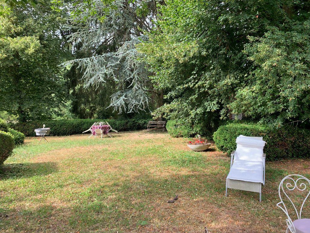 Maison à vendre 6 170m2 à Élincourt-Sainte-Marguerite vignette-2