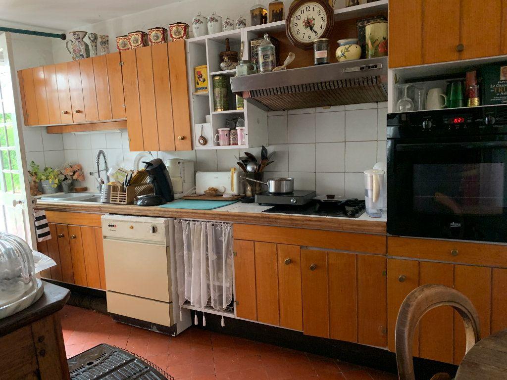 Maison à vendre 6 170m2 à Élincourt-Sainte-Marguerite vignette-6