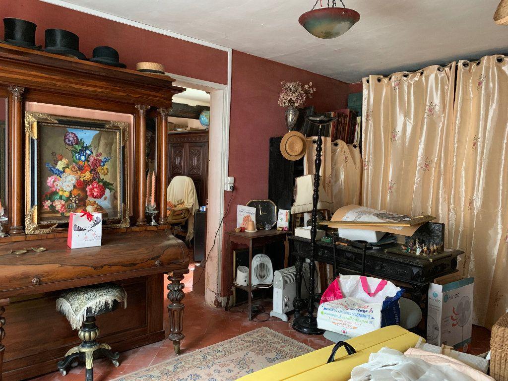 Maison à vendre 6 170m2 à Élincourt-Sainte-Marguerite vignette-9