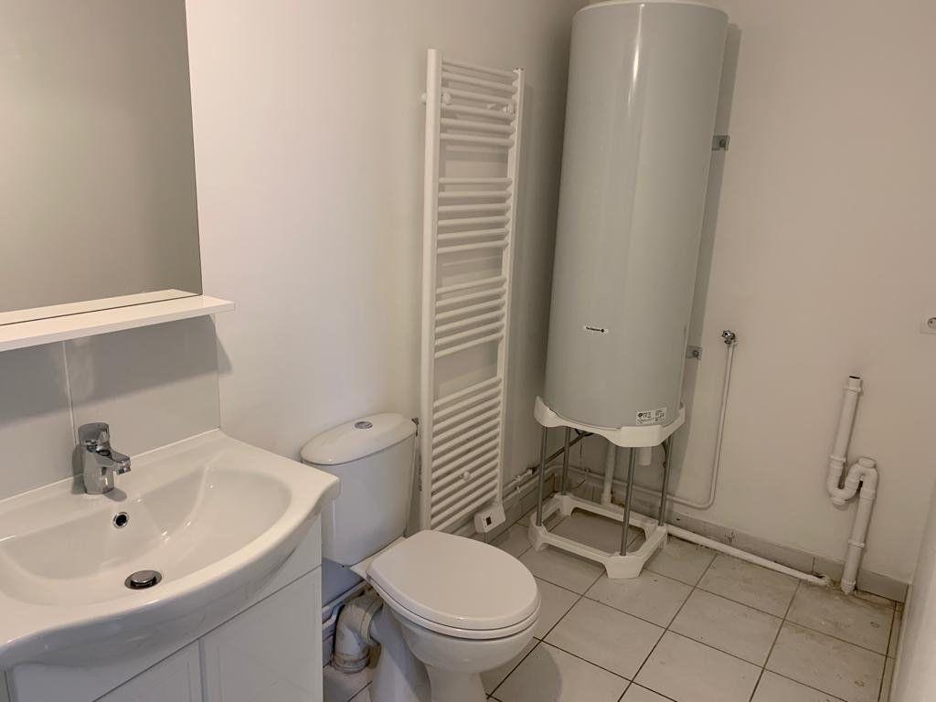 Appartement à louer 2 32m2 à Lassigny vignette-5