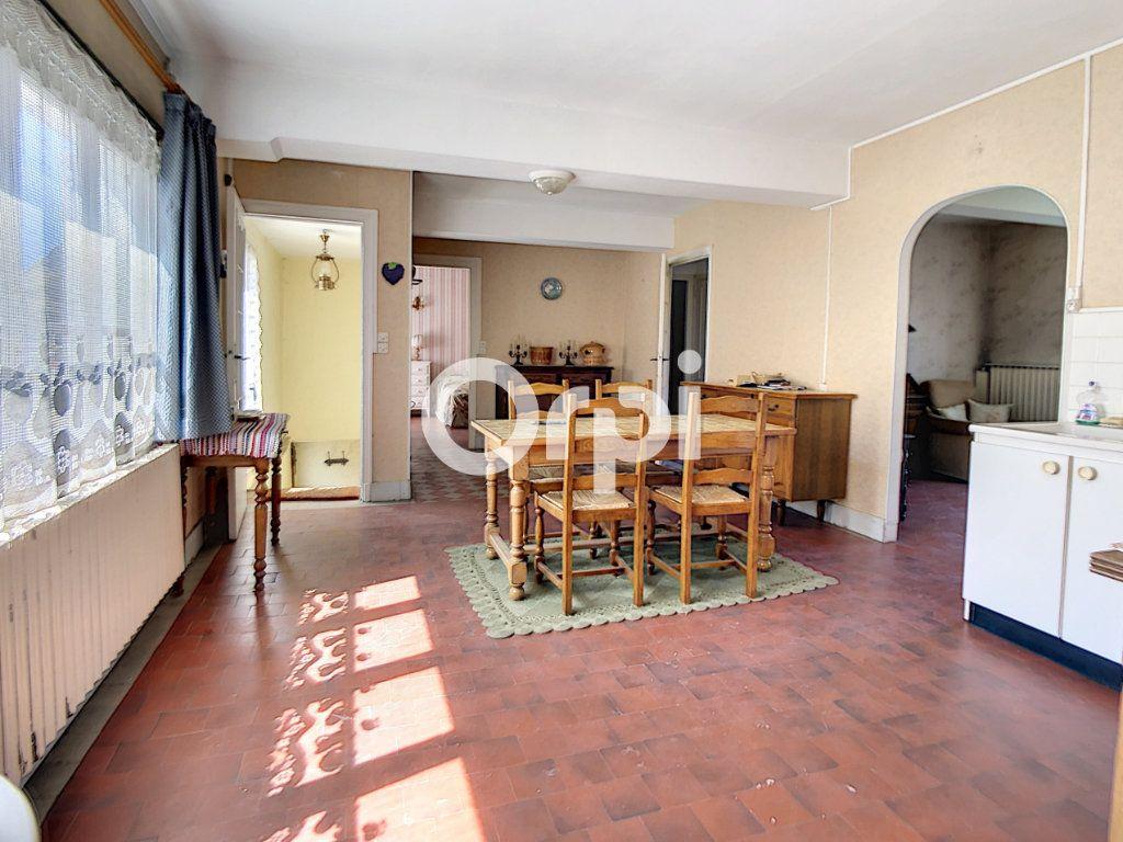Maison à vendre 5 114m2 à Mareuil-la-Motte vignette-3
