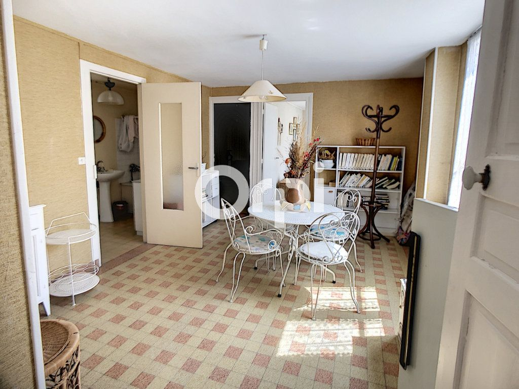 Maison à vendre 5 114m2 à Mareuil-la-Motte vignette-5