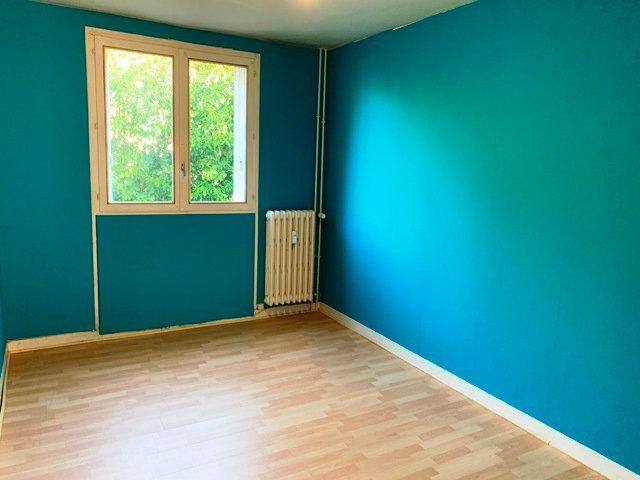 Appartement à louer 3 69.35m2 à Compiègne vignette-5