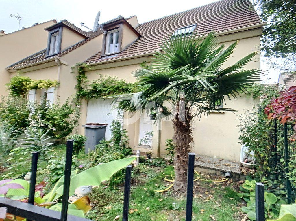 Maison à vendre 4 78m2 à Nogent-sur-Oise vignette-1