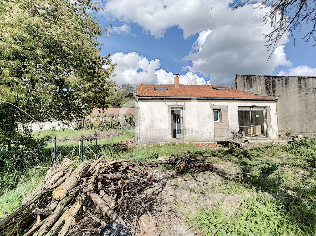 Maison à vendre 4 105m2 à Ressons-sur-Matz vignette-1
