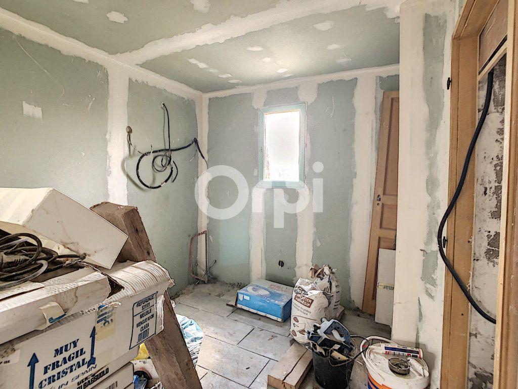 Maison à vendre 4 105m2 à Ressons-sur-Matz vignette-4