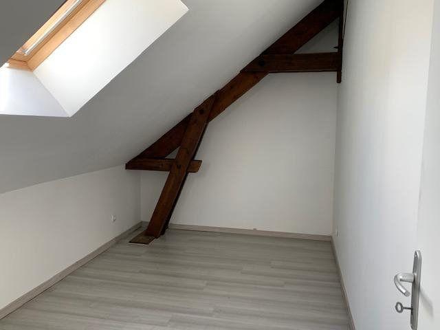 Appartement à louer 3 44m2 à Beuvraignes vignette-4