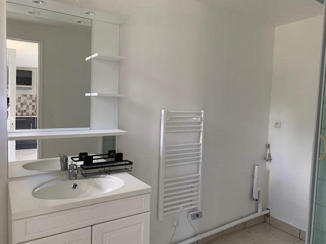 Appartement à louer 3 44m2 à Beuvraignes vignette-5
