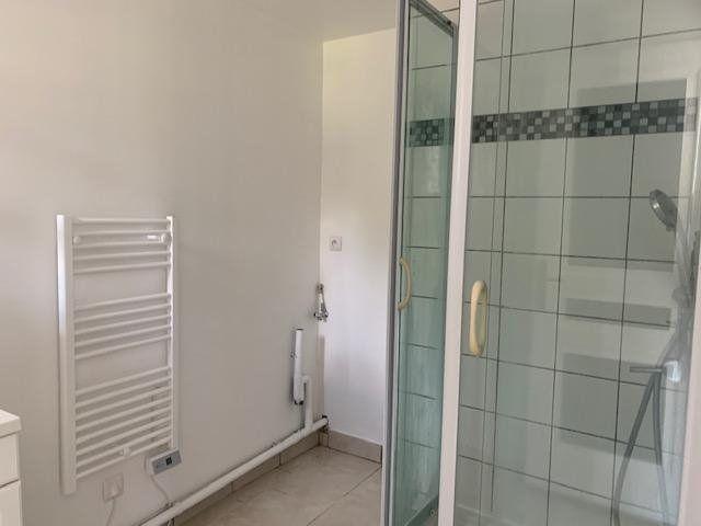 Appartement à louer 3 44m2 à Beuvraignes vignette-6