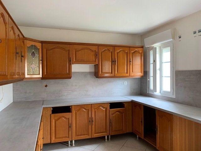 Maison à louer 4 90.4m2 à Janville vignette-3