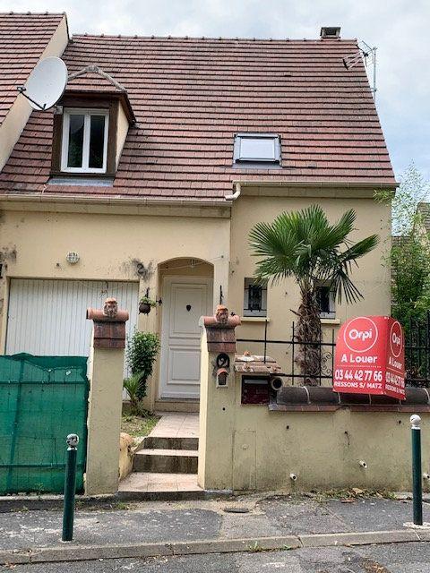 Maison à louer 4 78m2 à Nogent-sur-Oise vignette-1